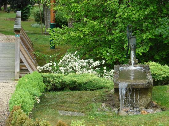 Thomas paysagiste auxerre cr e des bassins pour vos jardins for Paysagiste auxerre